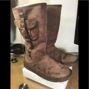 UGG Australia Brown S/N 1895 Boots/Booties